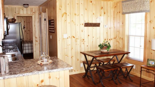 Cabin-dining-kitchen