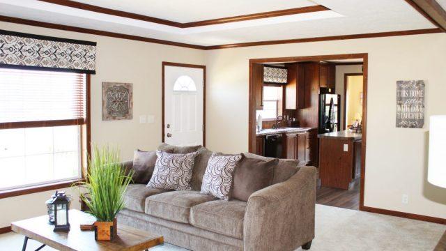 Retreat-living-room-2